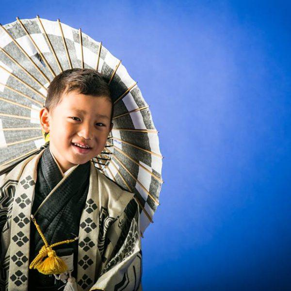 徳島の阿部写真館で七五三衣装の試着をしませんか?