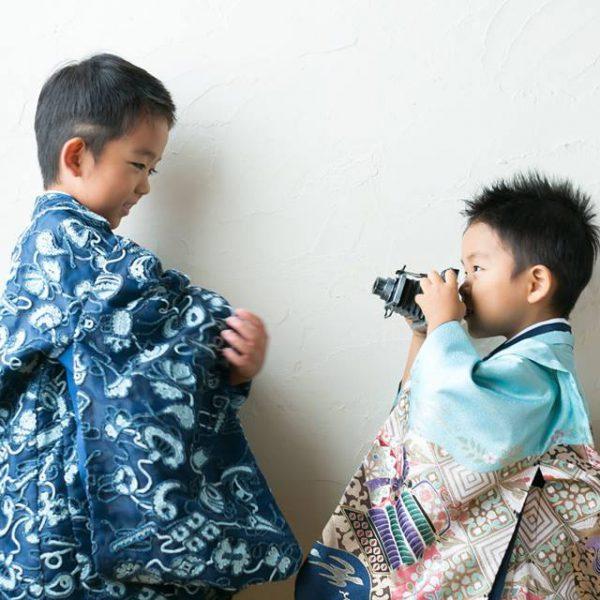 阿部写真館の七五三写真撮影は、遊んで元気に大笑い!